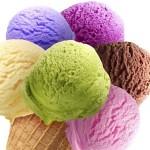 Įdomybės: ledai, keičiantys spalvą su kiekvienu lyžtelėjimu (video)