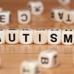 Mokslininkai mano išsiaiškinę naujas autizmo priežastis, siūlo naujus gydymo metodus