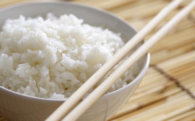 Japonų mokslininkai įsitikinę, kad kasdienis ryžių vartojimas gali pagelbėti gydant nemigą (antiekllc.com nuotr.)