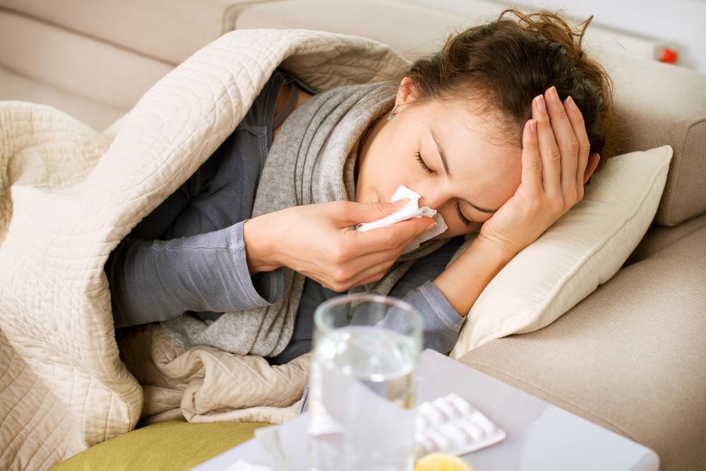 Pasitaiko ir tokių atvejų, kai virusinę infekciją bandoma išsigydyti antibiotikais. O antibiotikai virusų neveikia. (Apsociatyvi nuotr.)