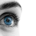 Akių uždegimas, sudirgimas, ašarojimas… Žolininkė atskleidžia būdus pagerinti regėjimą