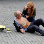 Širdies masažo įrenginys prie mirštančiojo atskris 100 km/val. greičiu (video)