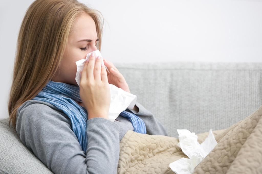Gripo virusai - nuolat besikeičiantys, todėl yra tikimybė atsirasti naujiems gripo virusams (stomachflu.com nuotr.)
