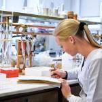 Lietuvių mokslininkų taikyklyje – vėžio diagnostika, dirbtinis kaulas, magnetinių laukų poveikis