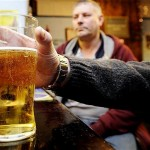 Ryšys egzistuoja: žemesnį IQ turintys vyrai alkoholio vartoja daugiau