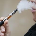 Siekia riboti el. cigarečių vartojimą