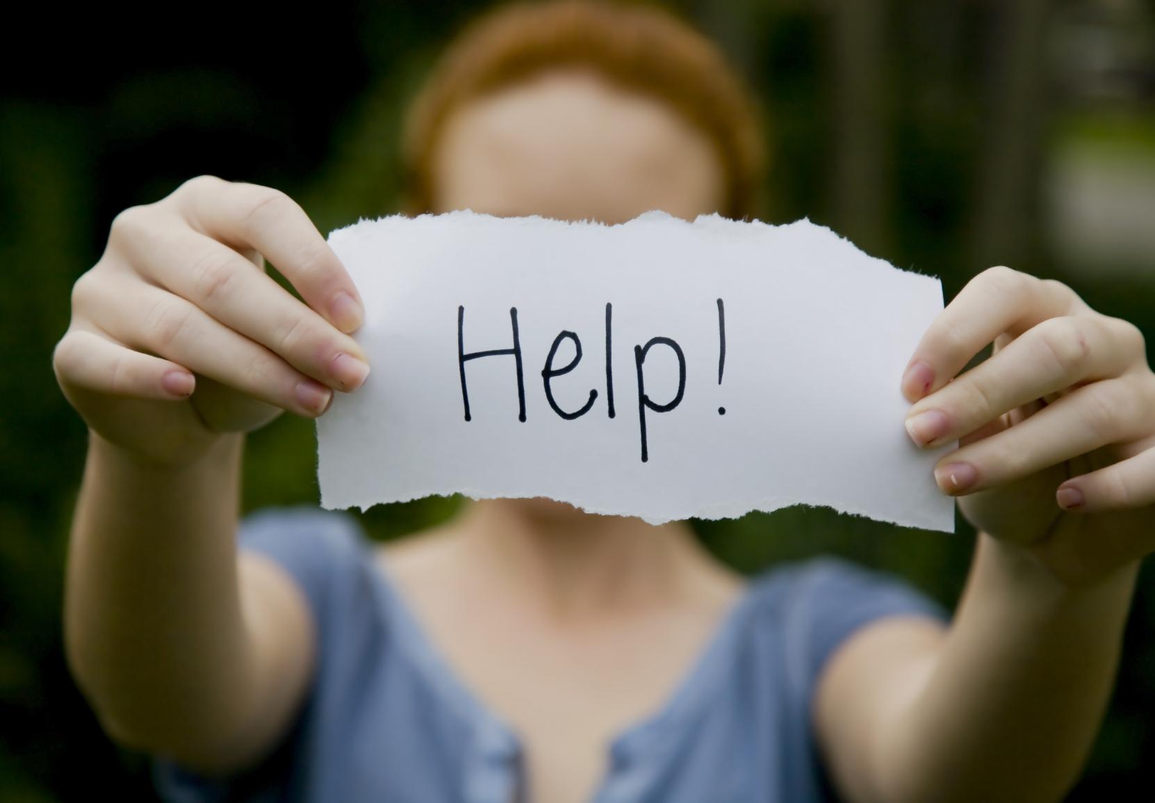 Ypač sunkiais depresijos atvejais, kai žmogus netenka bet kokios vilties, gali atsirasti ir žalojimosi ar net savižudybės idėjos. (Asociatyvi nuotr.)