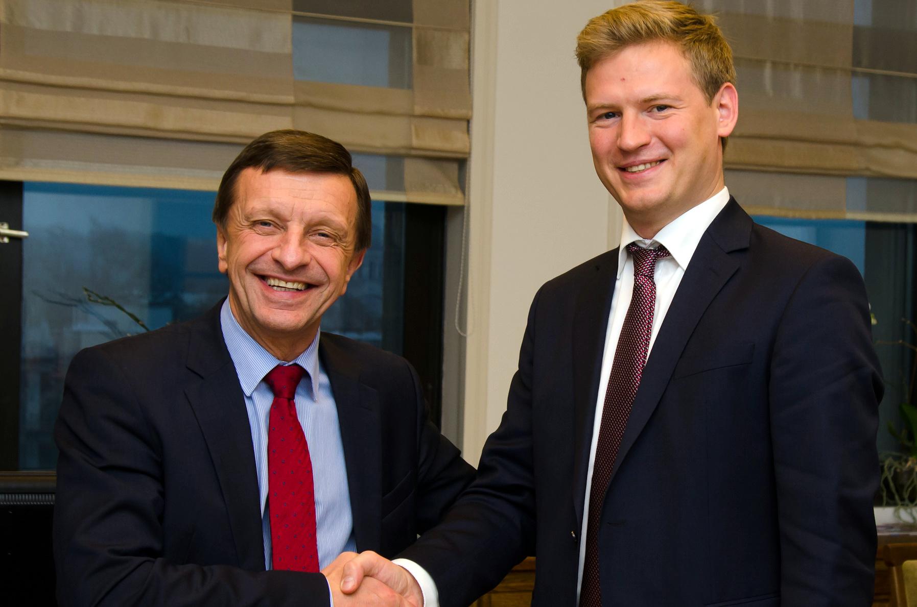 L. Jankauskas ir P. Baršauskas.