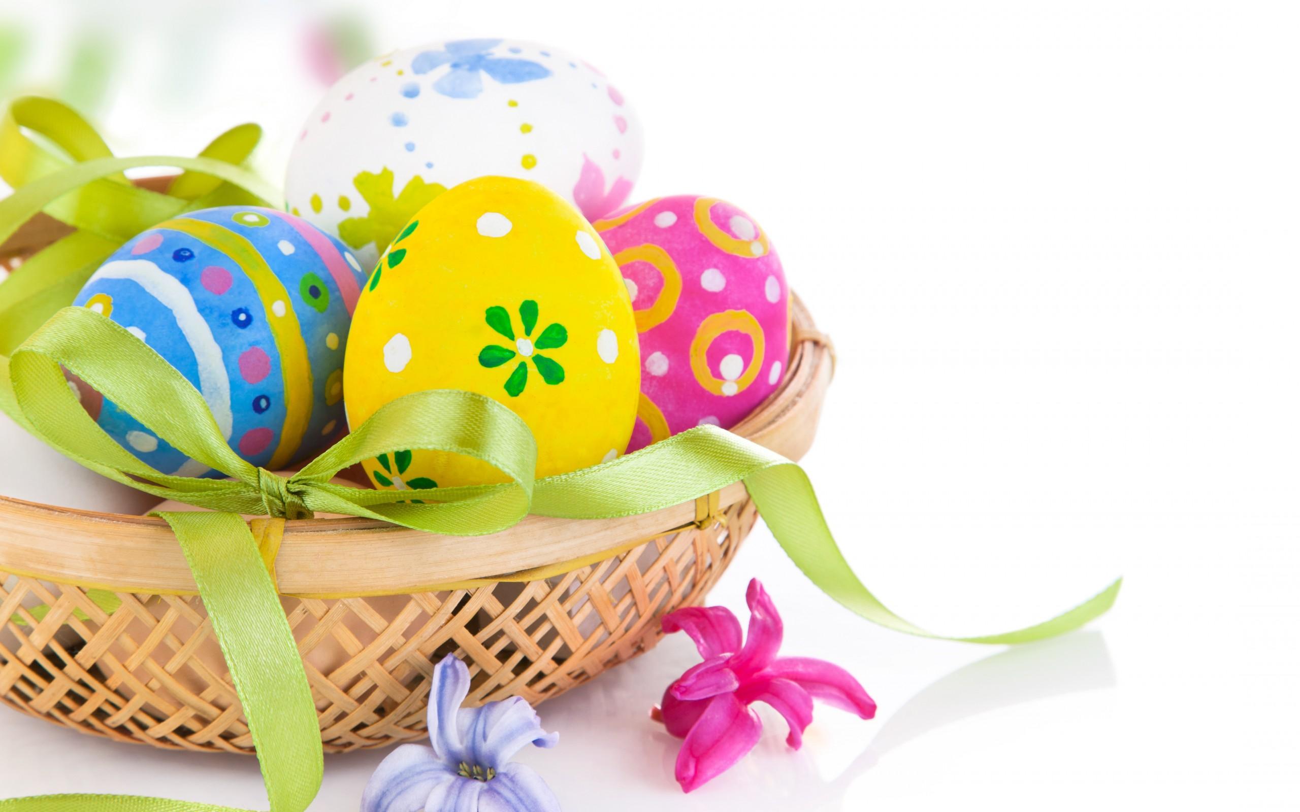 Reikėtų suvalgyti nuo 1 iki 3 kiaušinių per dieną, o per vieną kartą jaunam žmogui patartina neviršyti 2 kiaušinių normos. Vaikai ir vyresni žmonės turėtų apsiriboti 1 kiaušiniu. (Asociatyvi nuotr.)