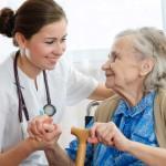 Daugiau vyresnių žmonių sulauks slaugos namuose