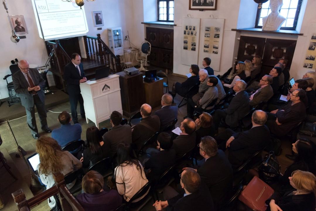 Bendru KTU ir LSMU projektu pristatymas (Organizatorių nuotr.)