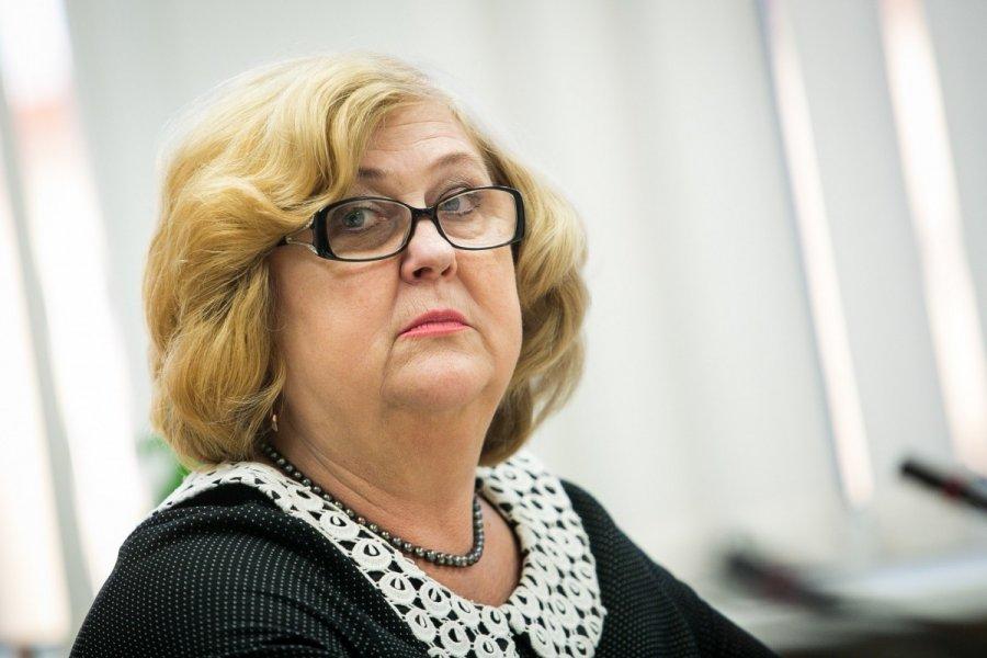 Paskutines dienas poste skaičiuojanti sveikatos ministrė Rimantė Šalaševičiūtė.