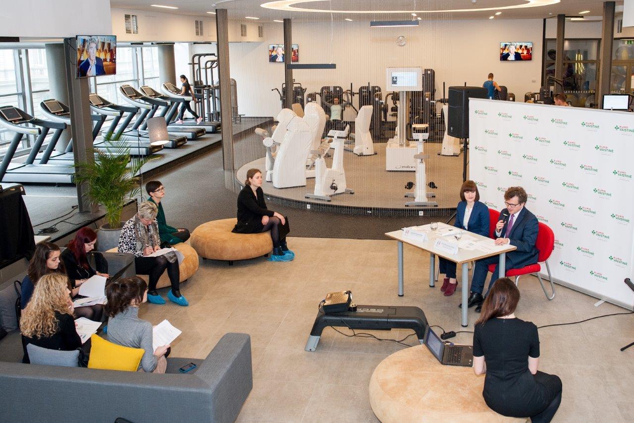 Didžiajam savijautos testo rezultatų pristatymui sporto klubo aplinka pasirinkta neatsitiktinai. (Organizatorių nuotr.)
