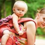 GYDYTOJO UŽRAŠAI. Apie prieštaringai vertinamą prieraišiąją tėvystę