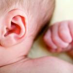 Jauniausia pacientė Lietuvoje jau girdi abiem ausimis