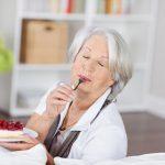 Vyresnių žmonių mityba: ką keisti jau šiandien?